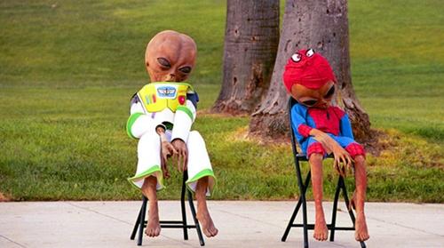 시차는 외계인도 힘들어.. 아~ 졸려..