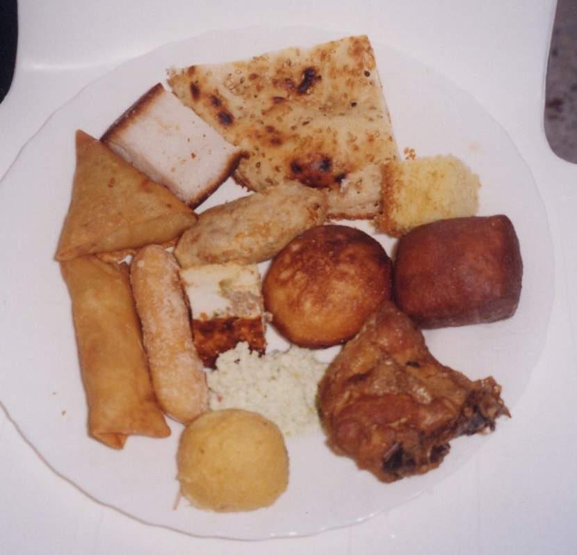 21.  탄자니아식 빵과 과자
