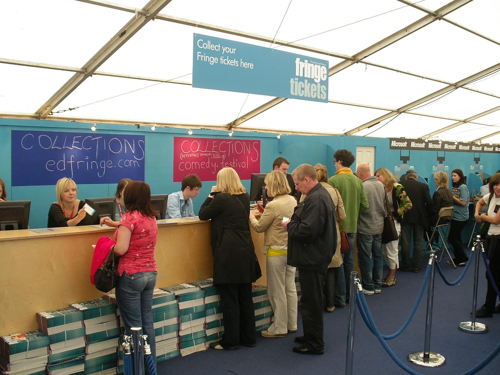 Queue for the Fringe - Online Shop (by Microsoft), Offline