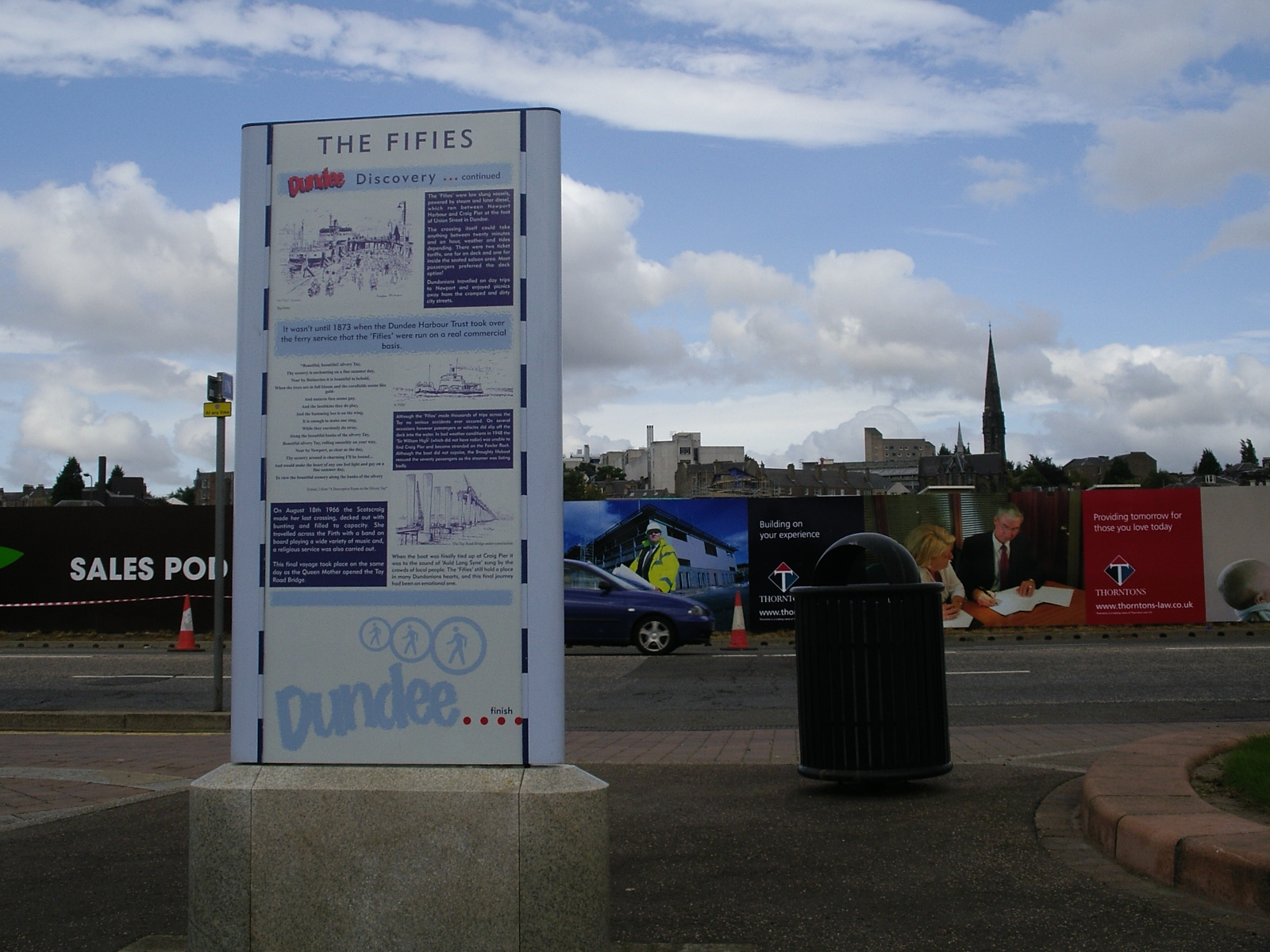 History of Dundee - Signs along the riverside of Tay